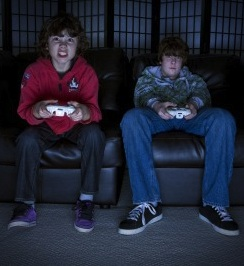 Kids_Playing_Video_Games_Dark